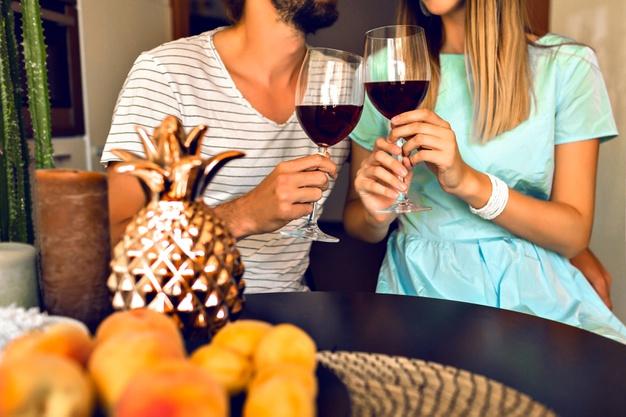 Guía definitiva para catar vino en casa paso a paso